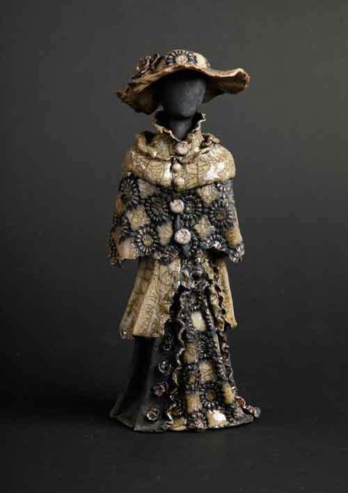 Kvindeskulptur - ravgul
