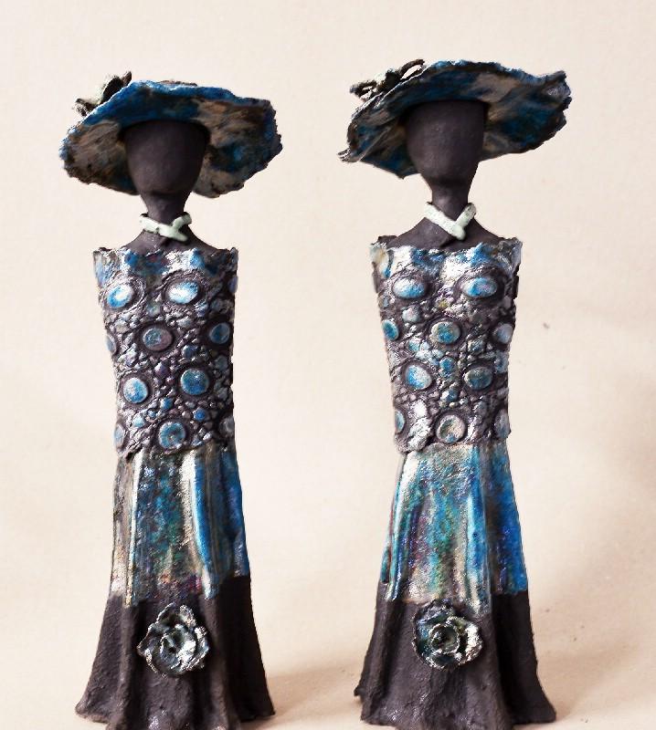 Tvillingesæt med kjole og hat